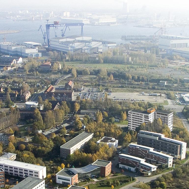 https://technopark.tzw-info.de/wp-content/uploads/2020/05/Campus-luftbild-mit-Gründerzentrum.jpg.png